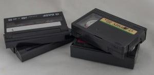 VHS-C og Video-8 bånd.